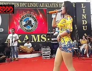 Indonesian erotic dance - pretty sintya riske cast off dance exceeding period