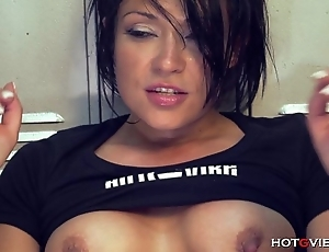 Squirting latin babe incitement orgasms