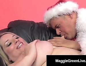 Roasting playgirl maggie still wet behind the ears is group-fucked unconnected with santa & his bbc elf!