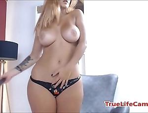 Big ass latin chick shafting a fake penis