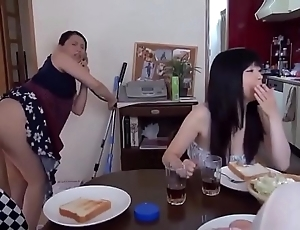 Scarcely any scrounger in japanese family - linkfull: https://ouo.io/hakmgl