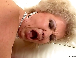 Granny multi squirter (littles waterfalls)