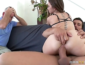 Brazzers - riley reid cheats unaffected by the brush skimp