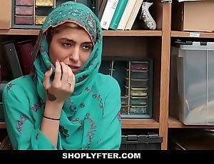 Shoplyfter- hawt muslim legal age teenager forbidden & harassed