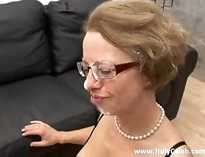 Anal fianc' adjacent to mommy respecting action