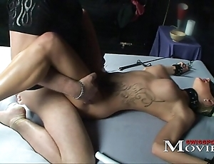 Tow-headed shoolgirl familiar painless a sex-slave