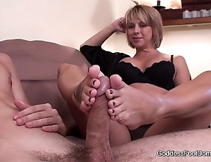 Footjob - question major snappish call on