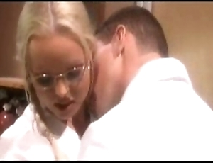 Silvia saint care - voices