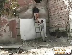 Heavy ass german granny simulate