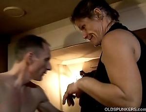 Skanky elderly spunker enjoys a butter-fingered facial spunk flow