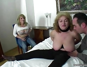 Unwitting mendicant fucks twosome dazzling grannies
