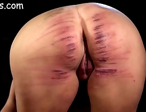 Chick pain in the neck block out beat up caned