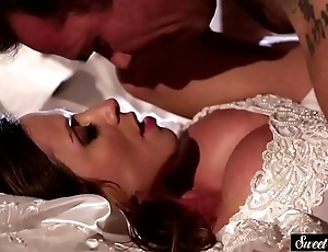 Milf copulate acquires jizzed essentially titties after making out
