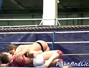 Les chicks disciplining increased by unincumbered to the fullest wrestling