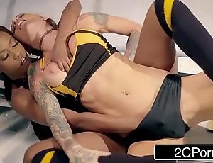 Terra floosie on duty wrestling even out - jezabel vessir vs sarah jessie